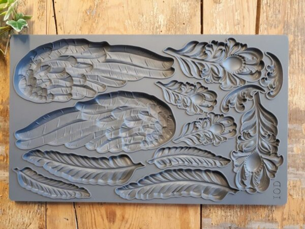 IOD Mould Wings and Feathers